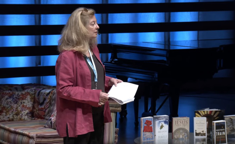 Screenshot of Anna Porter speaking at ideacity